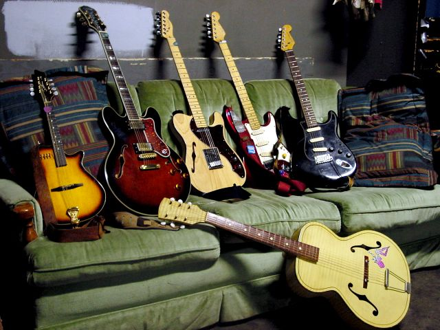 guitars upright
